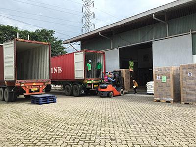 インドネシア国内、日本、東南アジア、中東へ輸出